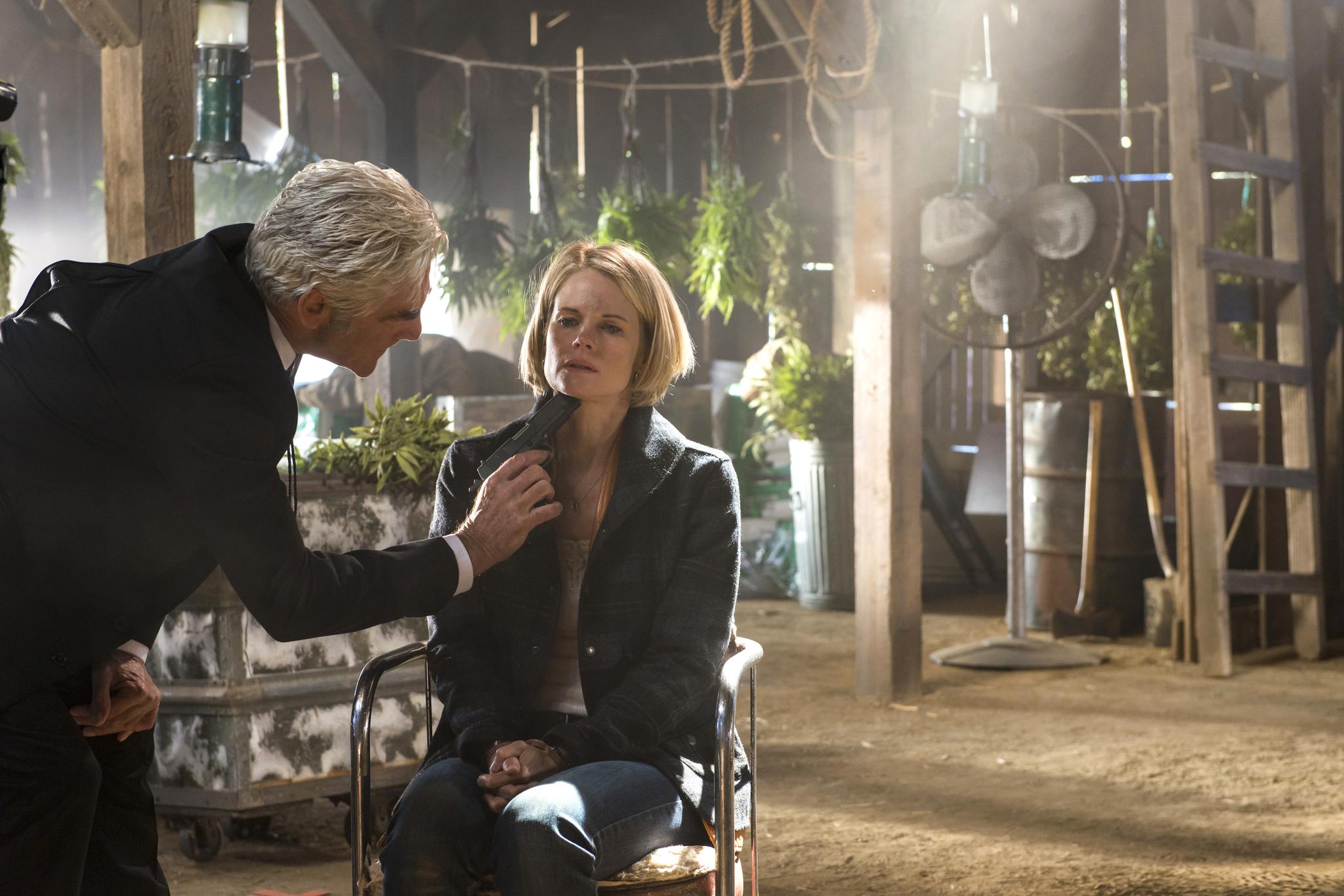 Still of Sam Elliott and Joelle Carter in Justified (2010)