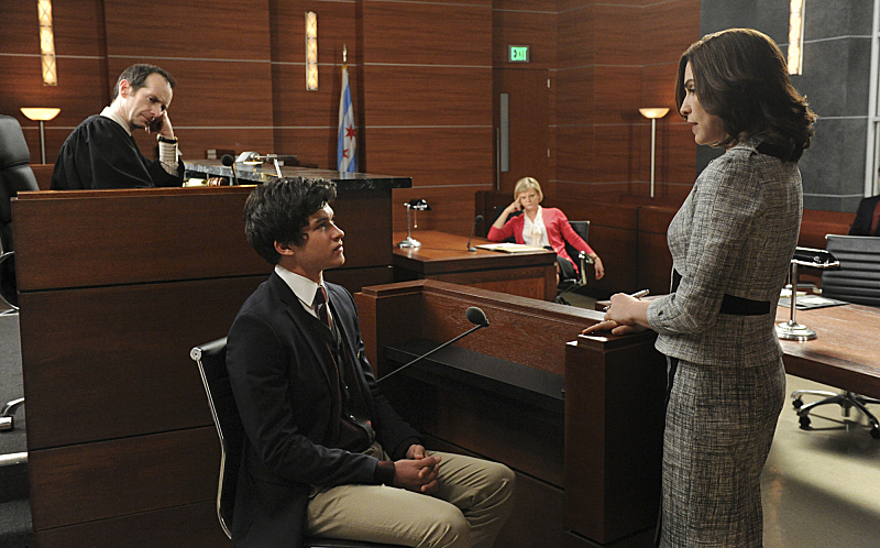 Still of Julianna Margulies, Martha Plimpton and Graham Phillips in The Good Wife (2009)