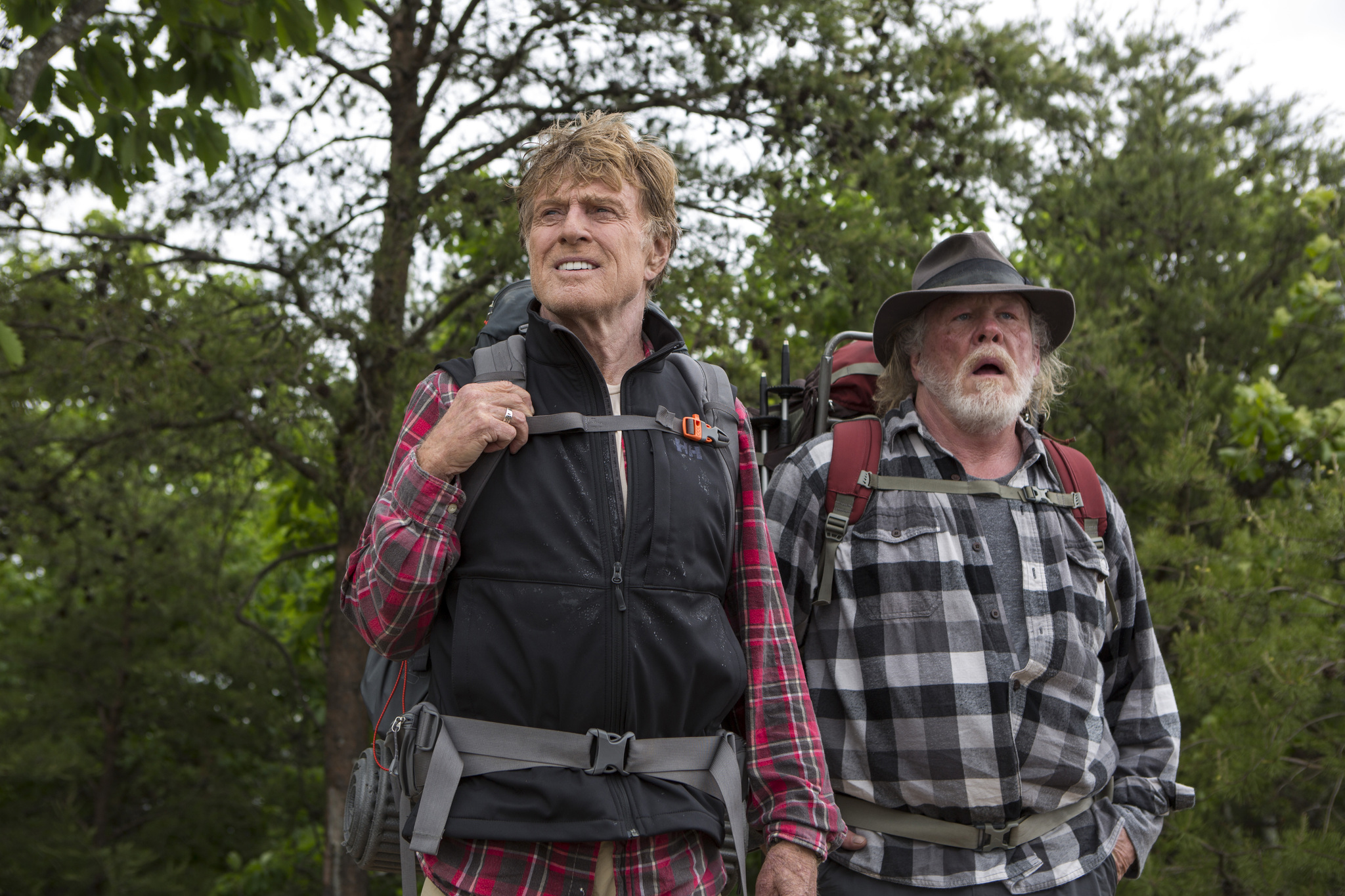 Still of Nick Nolte and Robert Redford in A Walk in the Woods (2015)