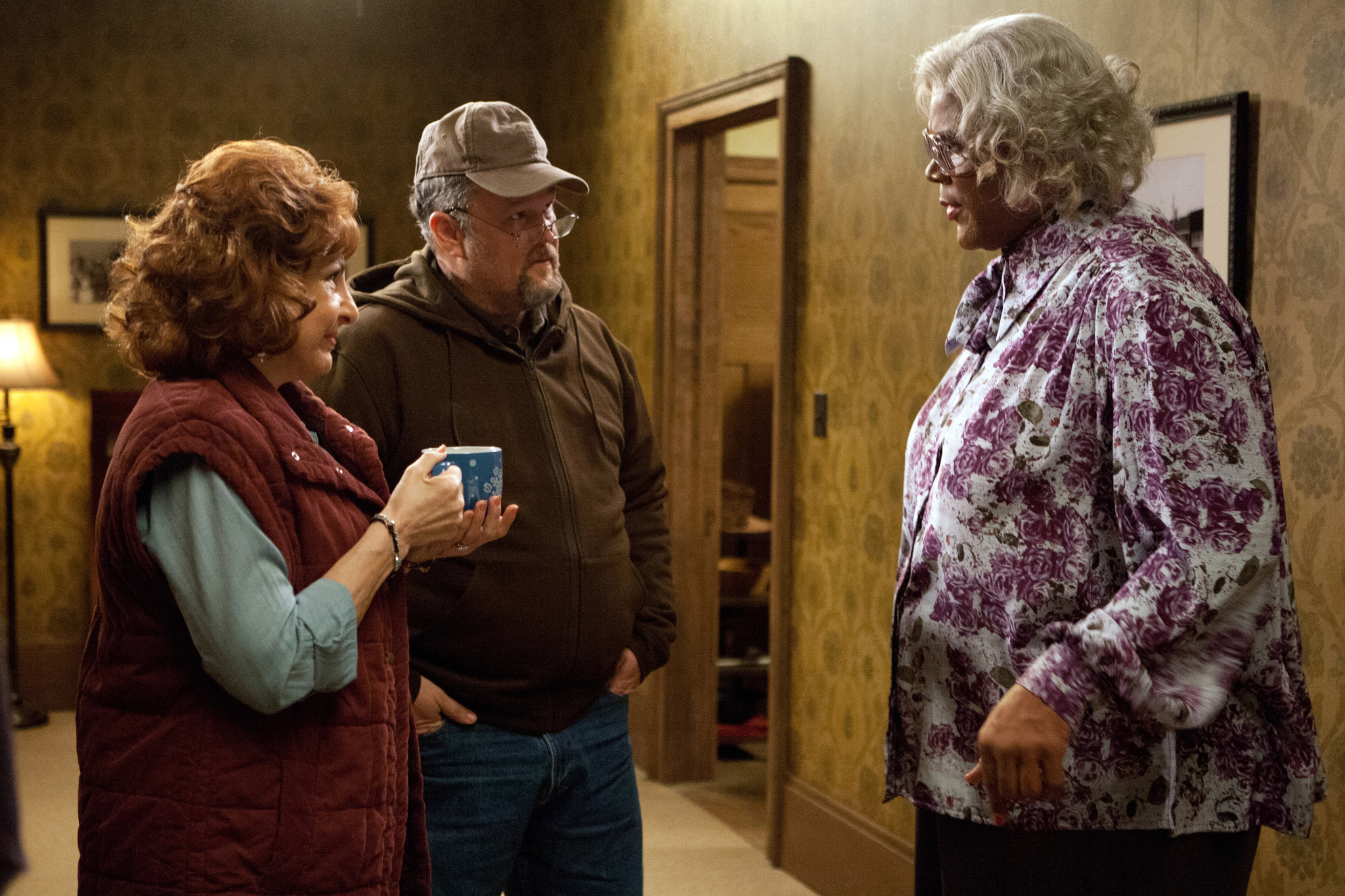 Still of Kathy Najimy, Larry the Cable Guy and Tyler Perry in A Madea Christmas (2013)