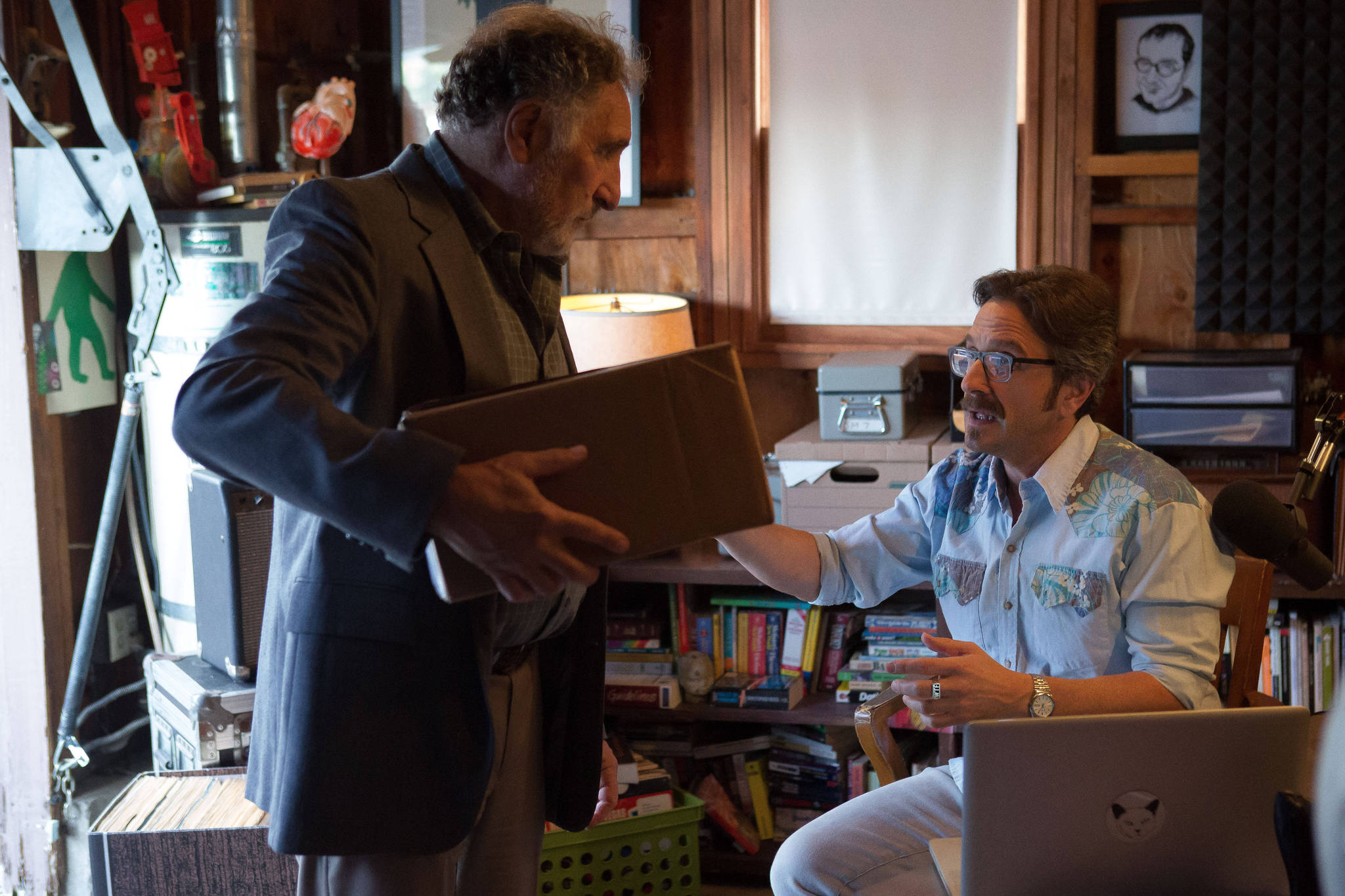 Still of Judd Hirsch and Marc Maron in Maron (2013)