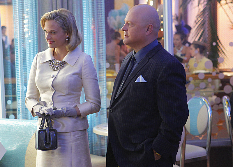 Still of Michael Chiklis and Vinessa Shaw in Vegas (2012)