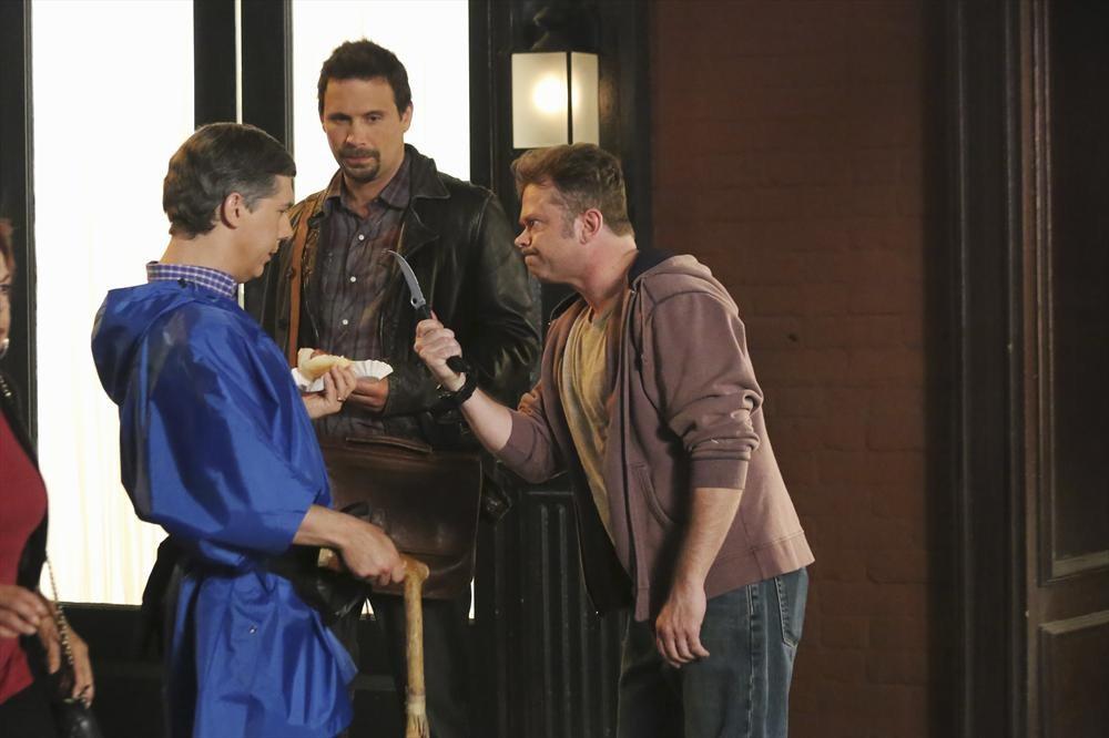 Still of Jeremy Sisto, Chris Parnell and Alan Heitz in Suburgatory (2011)