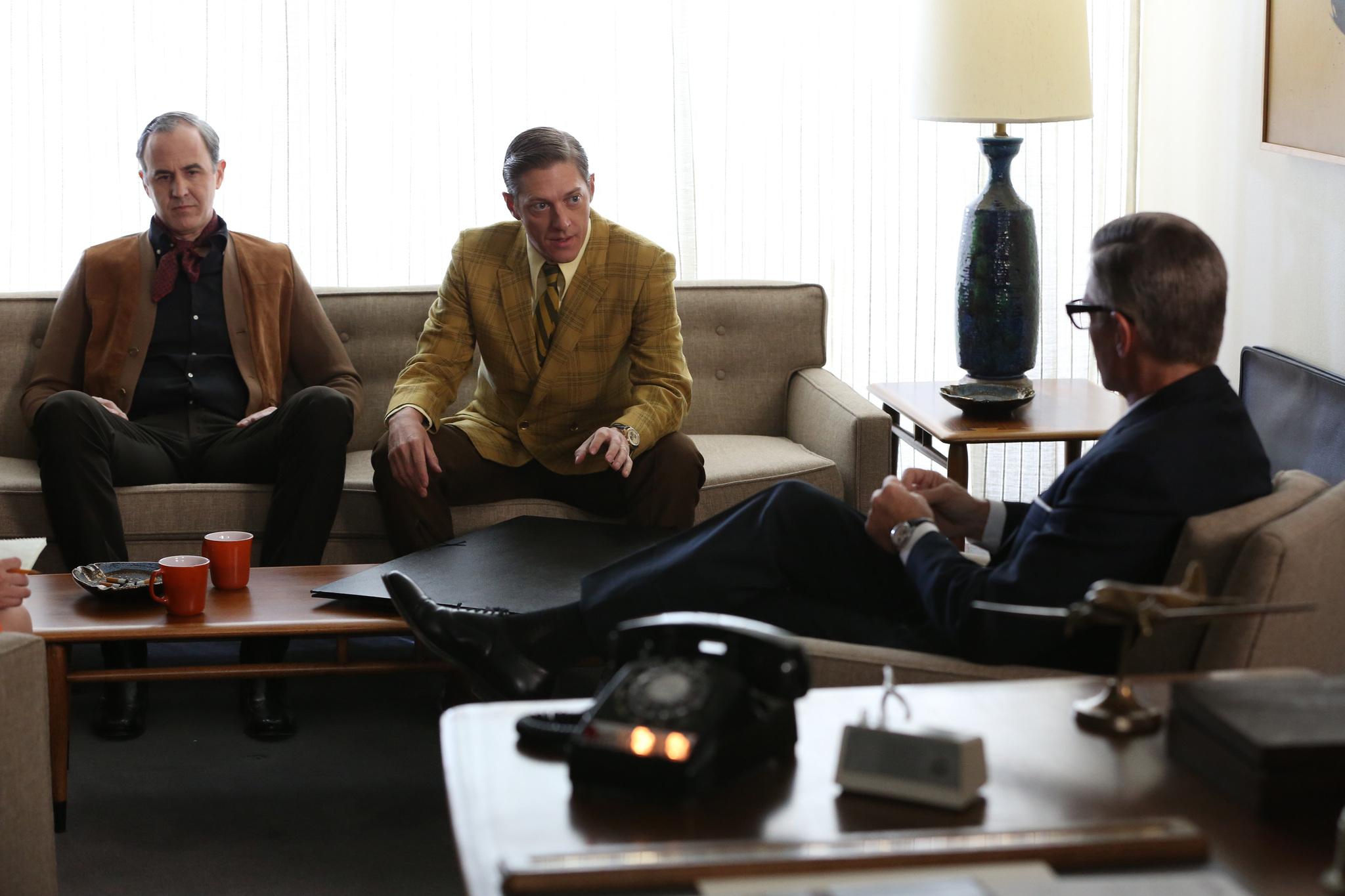 Still of Harry Hamlin, Craig Anton and Kevin Rahm in MAD MEN. Reklamos vilkai (2007)