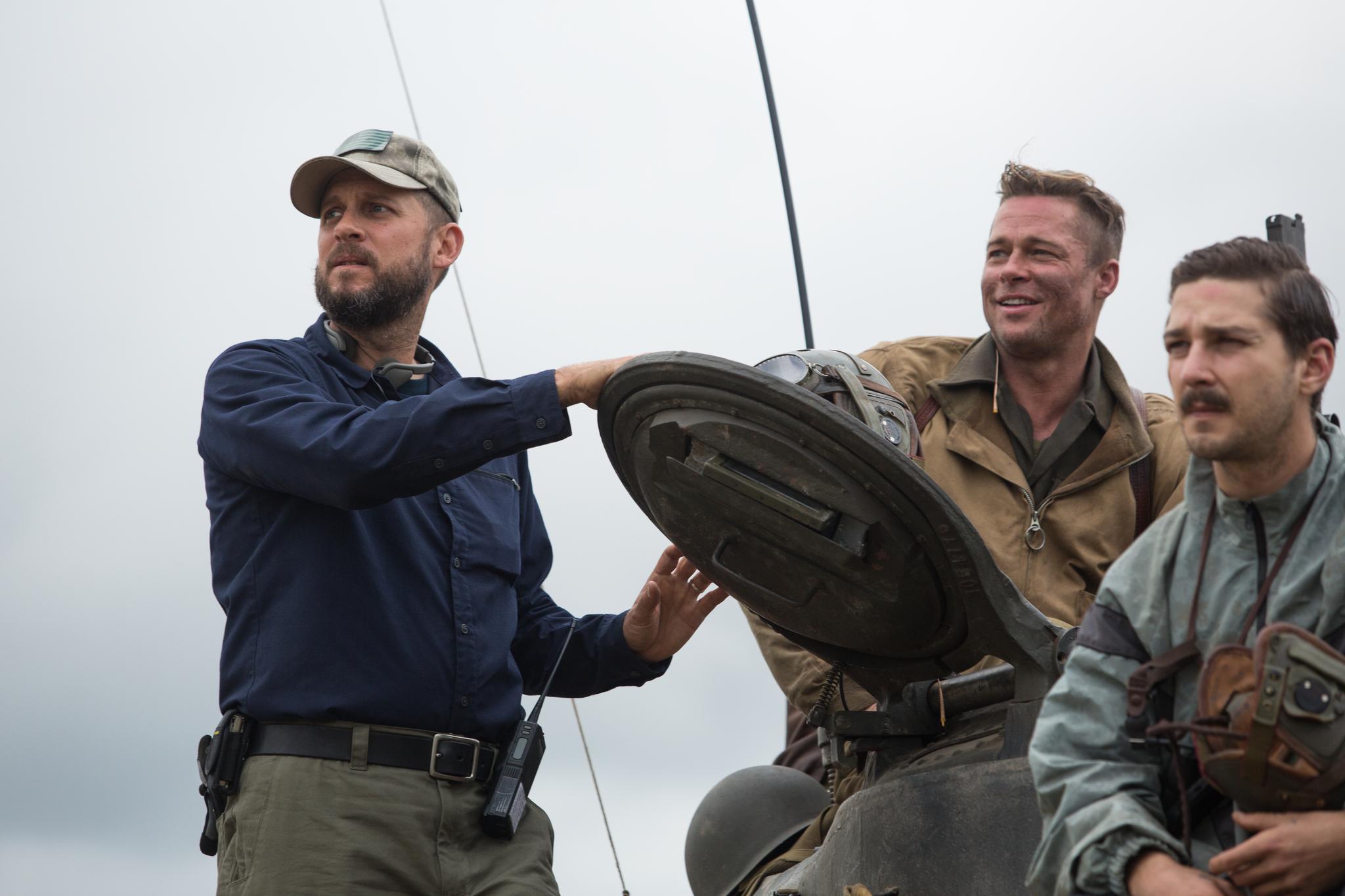 Brad Pitt, David Ayer and Shia LaBeouf in Inirsis (2014)