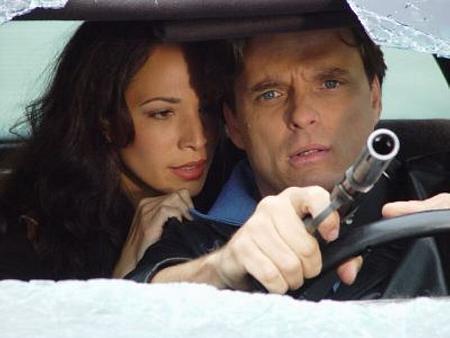 Damian Chapa and Ileanna Simancas in El padrino (2004)