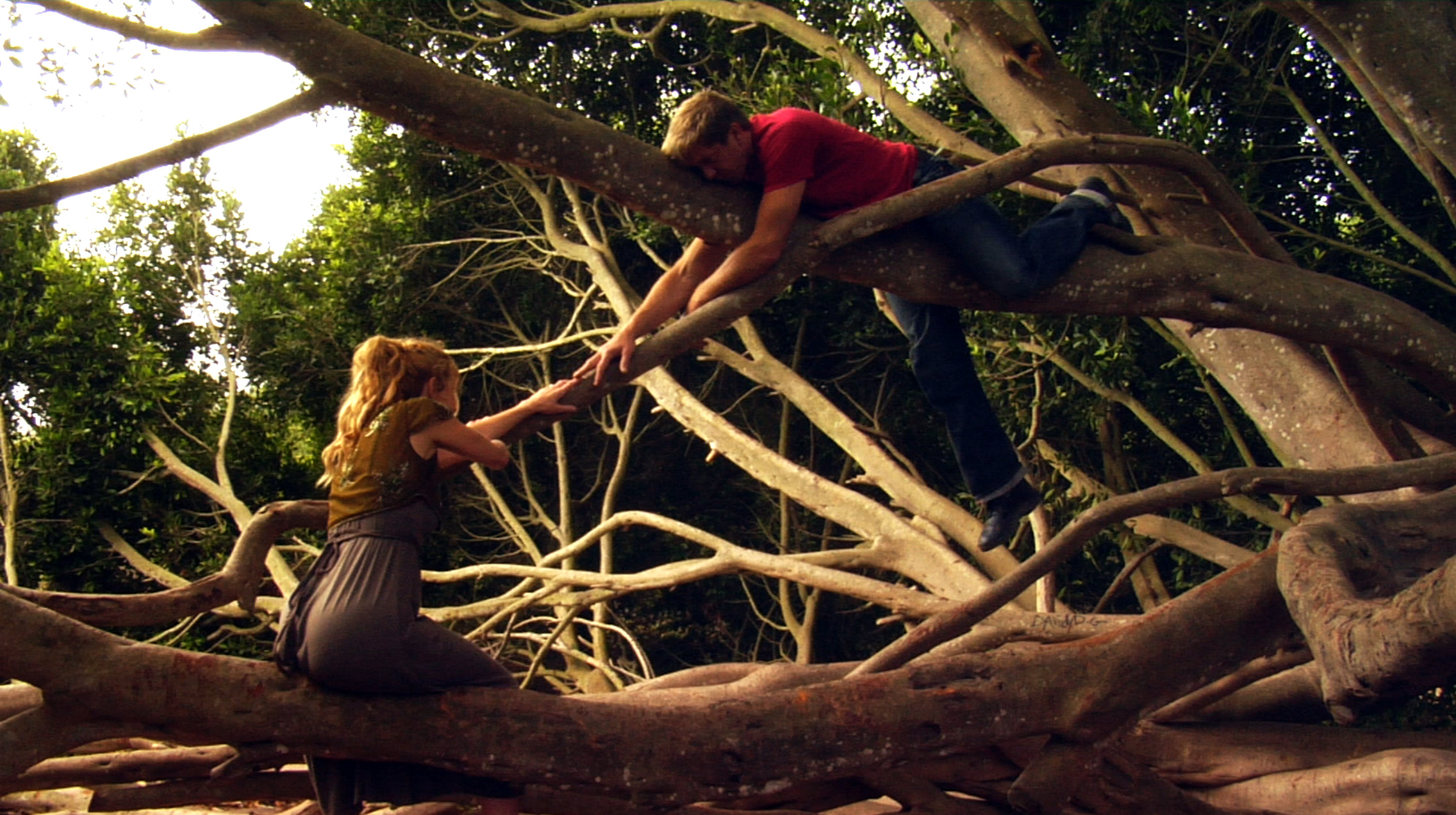 Victoria Charters and Kenny Johnson in I Heard the Mermaids Singing (2008)