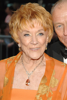 Jeanne Cooper at event of The 32nd Annual Daytime Emmy Awards (2005)