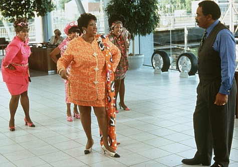 Still of Aretha Franklin and Matt Murphy in Blues Brothers 2000 (1998)