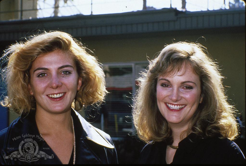 Still of Natasha Richardson and Patricia Hearst in Patty Hearst (1988)