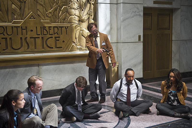 Still of Robert Knepper, Jesse L. Martin and Candice Patton in The Flash (2014)