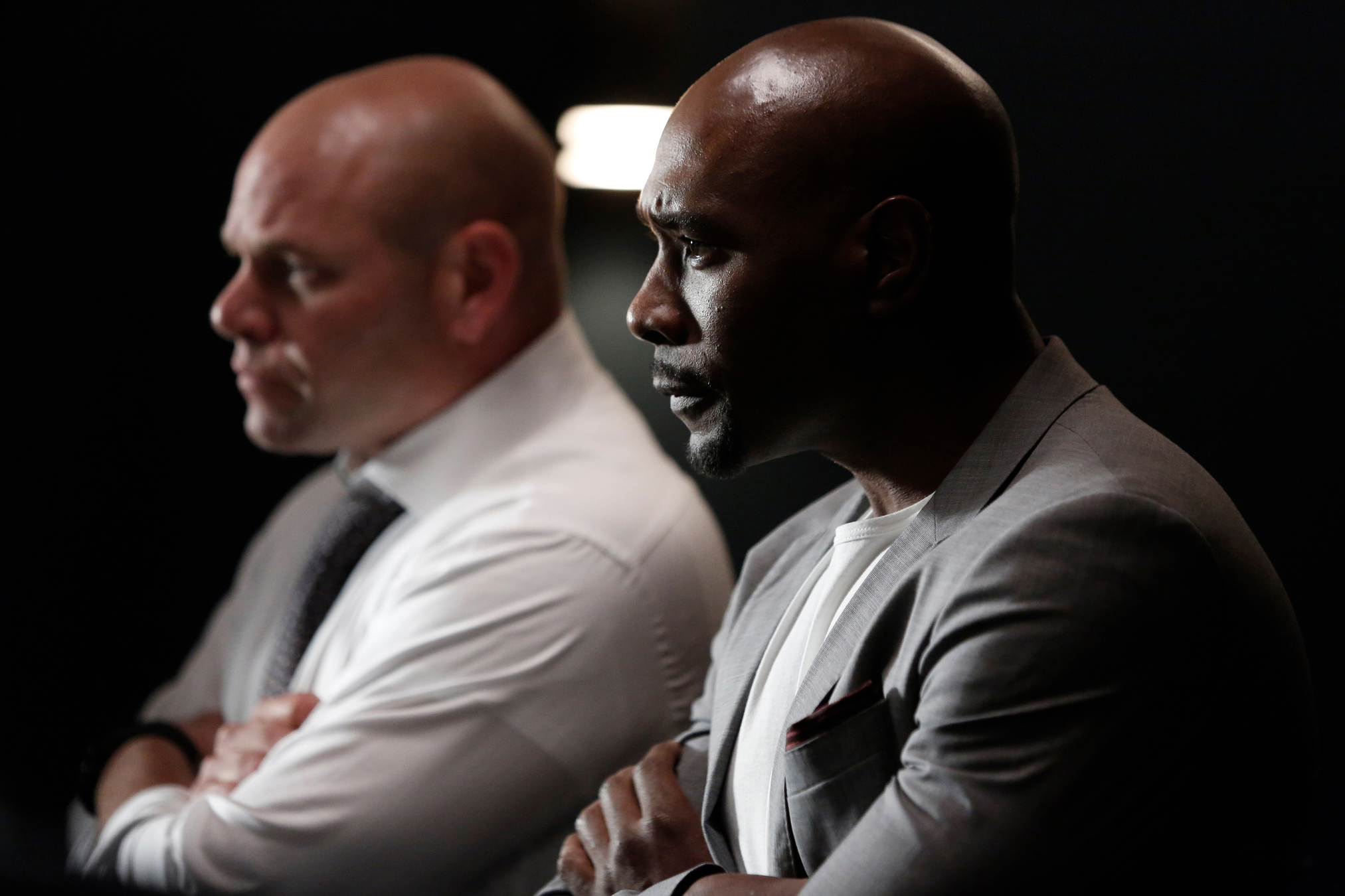 Still of Morris Chestnut and Domenick Lombardozzi in Rosewood (2015)