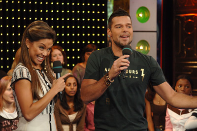 Ricky Martin and Vanessa Lachey at event of Total Request Live (1999)