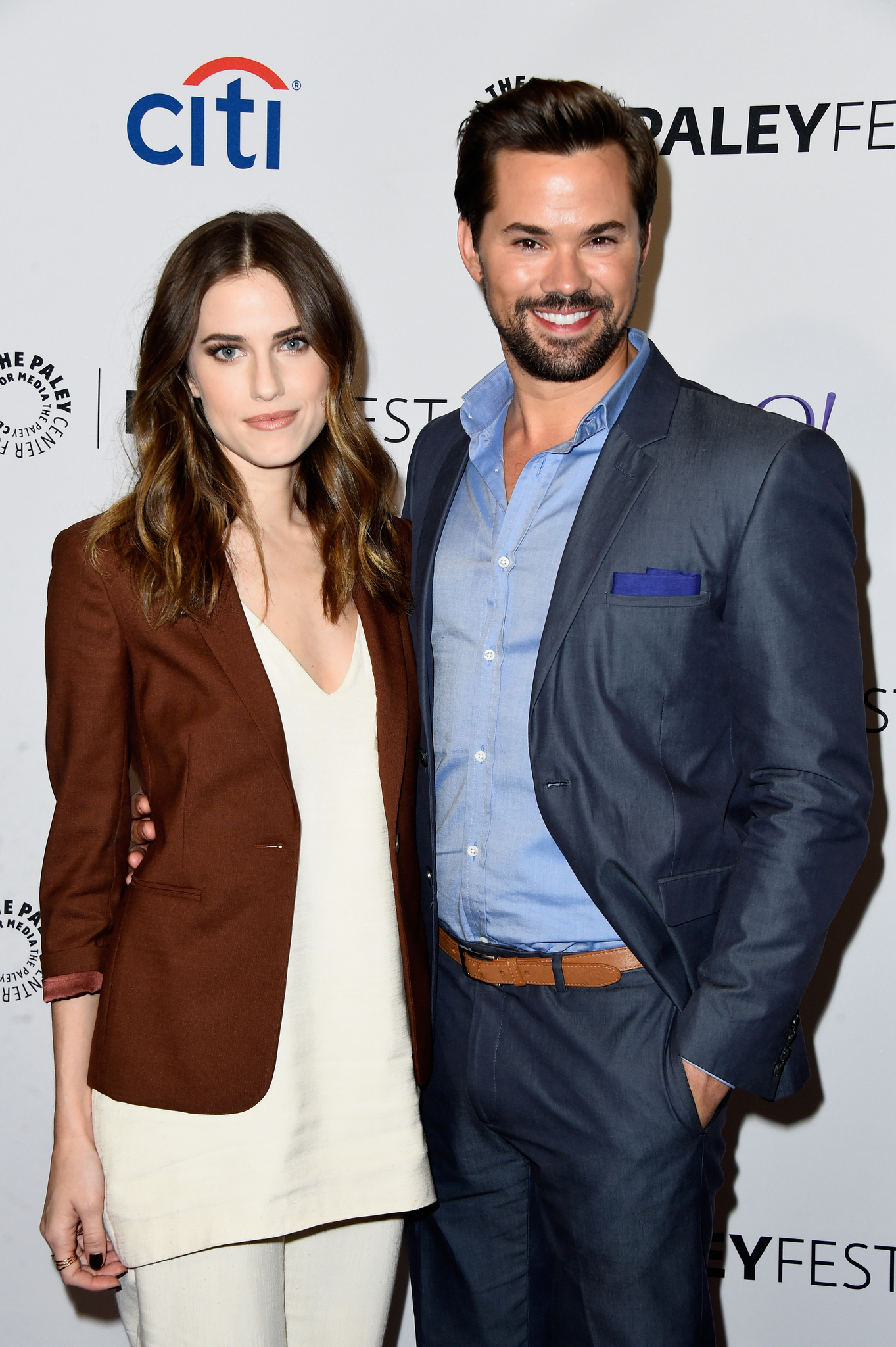 Andrew Rannells and Allison Williams at event of Girls (2012)