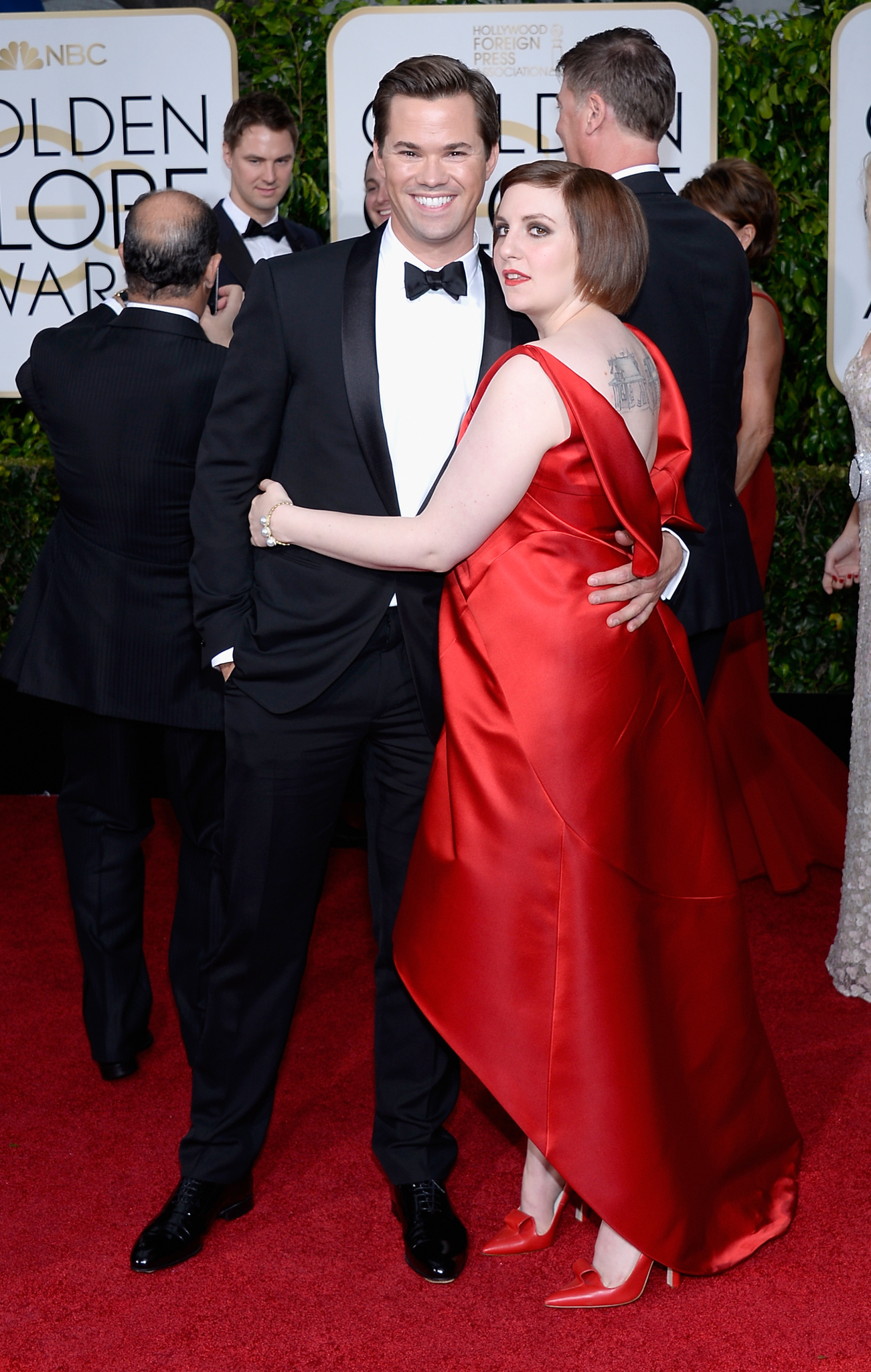 Andrew Rannells and Lena Dunham at event of The 72nd Annual Golden Globe Awards (2015)