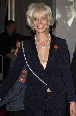 Patricia Taylor at event of Matrica. Revoliucijos (2003)