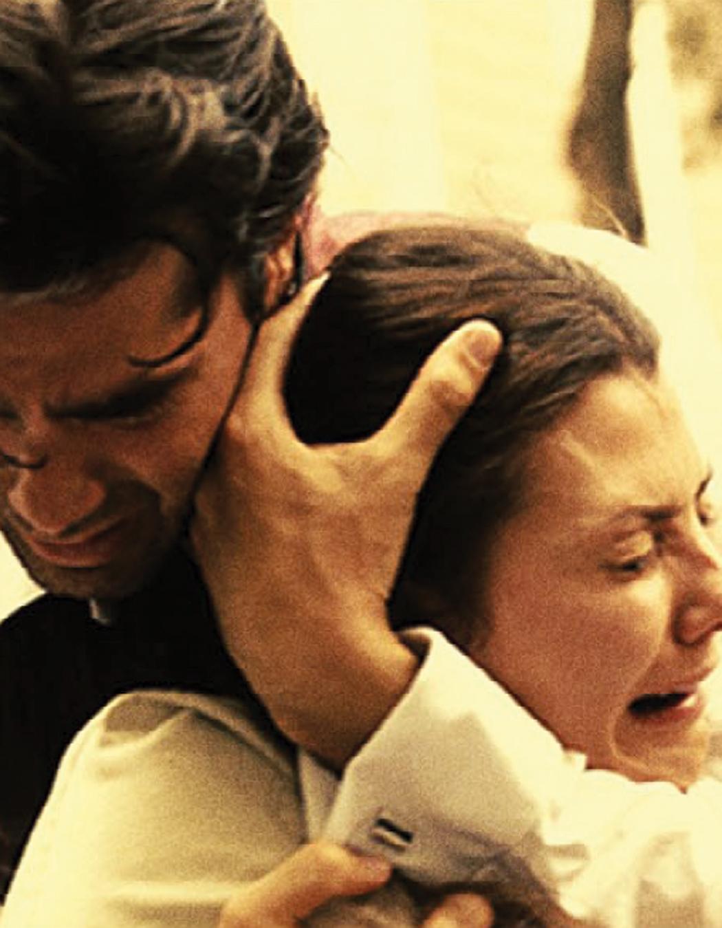 Still of Ali Landry and Eduardo Verástegui in Bella (2006)
