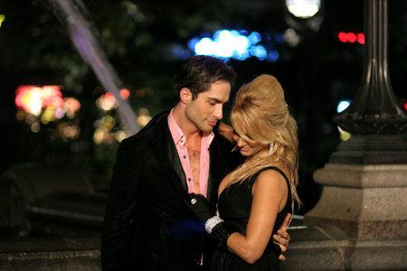 Michael Lucas and Savanna Samson at City Hall Park Fountain