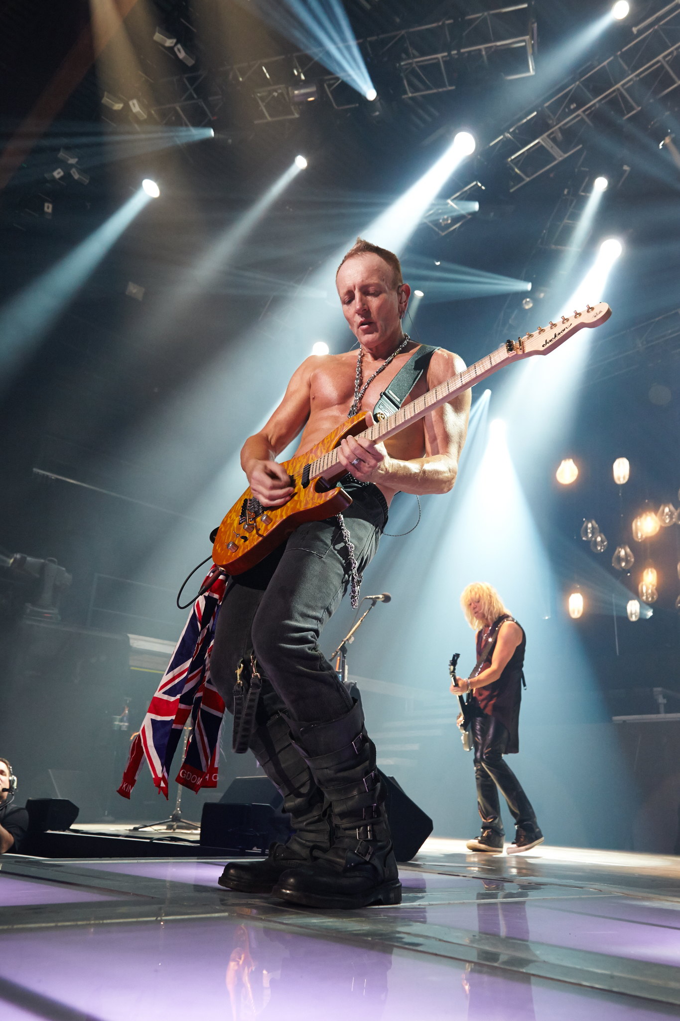 Still of Phil Collen in Def Leppard Viva! Hysteria Concert (2013)