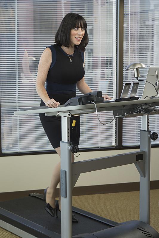 Still of Andrea Rosen in Episodes (2011)