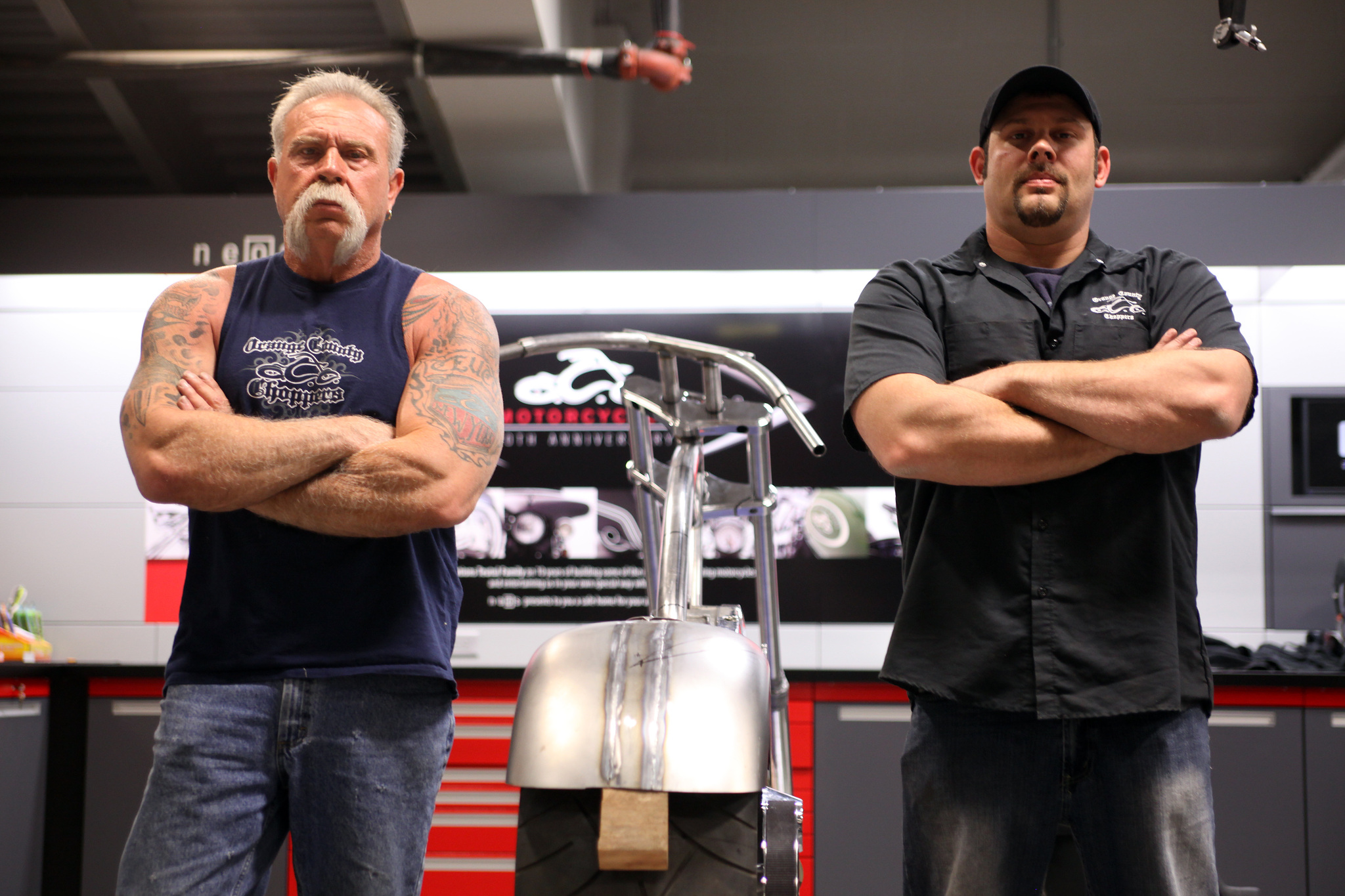 Still of Paul Teutul Jr. and Paul Teutul Sr. in American Chopper Live: The Build Off (2011)