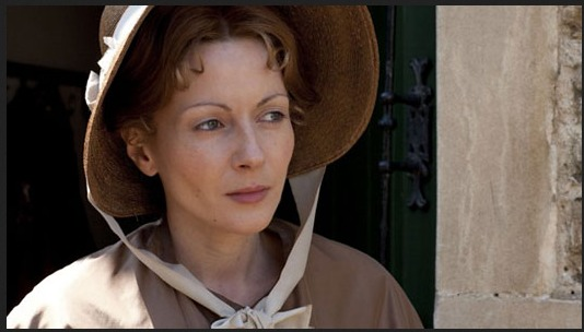 Lisa Dillon as Mary Smith in Cranford