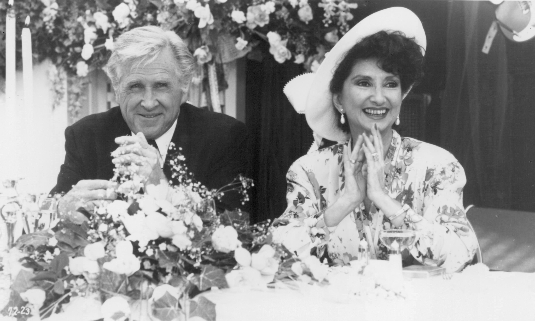 Still of Lloyd Bridges and Norma Aleandro in Cousins (1989)