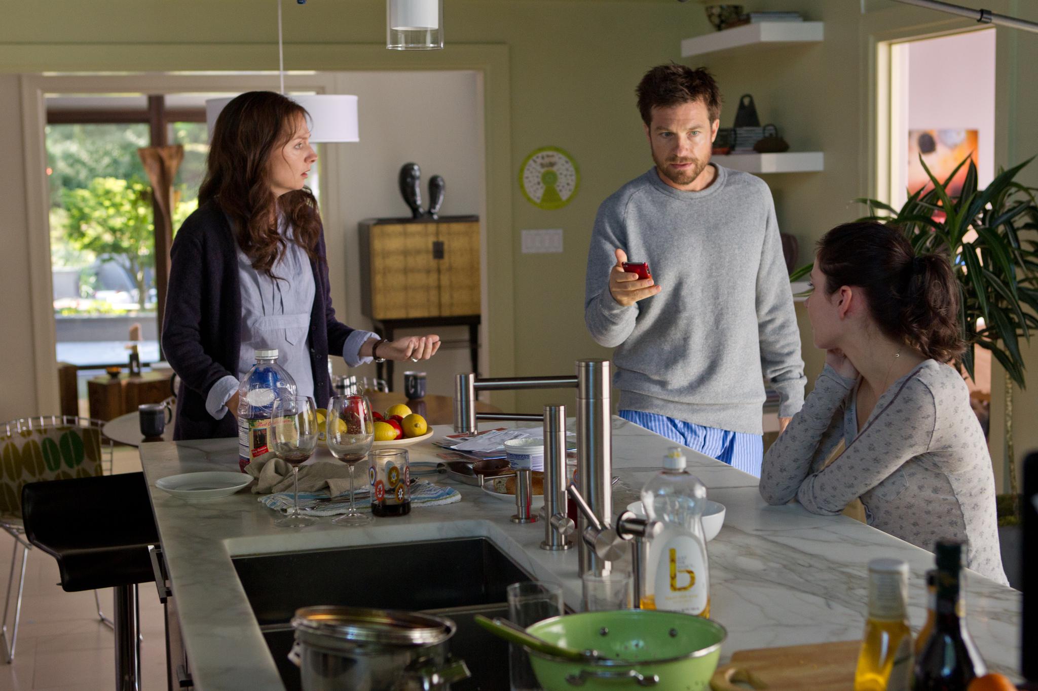 Still of Jason Bateman, Hope Davis and Haley Ramm in Disconnect (2012)