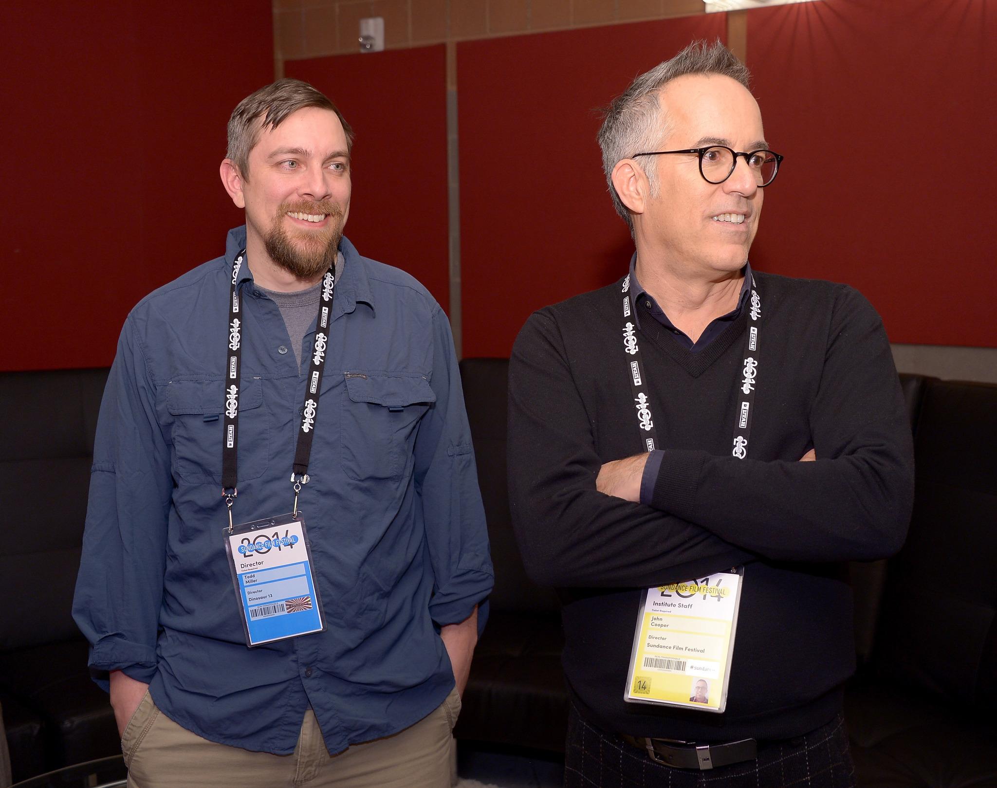 Todd Douglas Miller and John Cooper at event of Dinosaur 13 (2014)