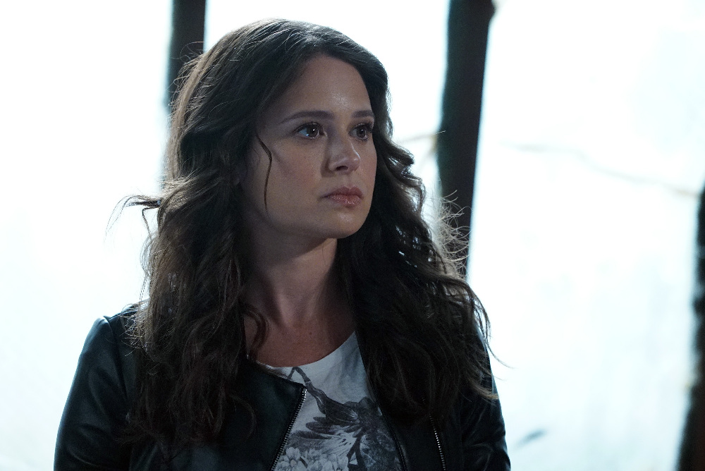 Still of Katie Lowes in Scandal (2012)