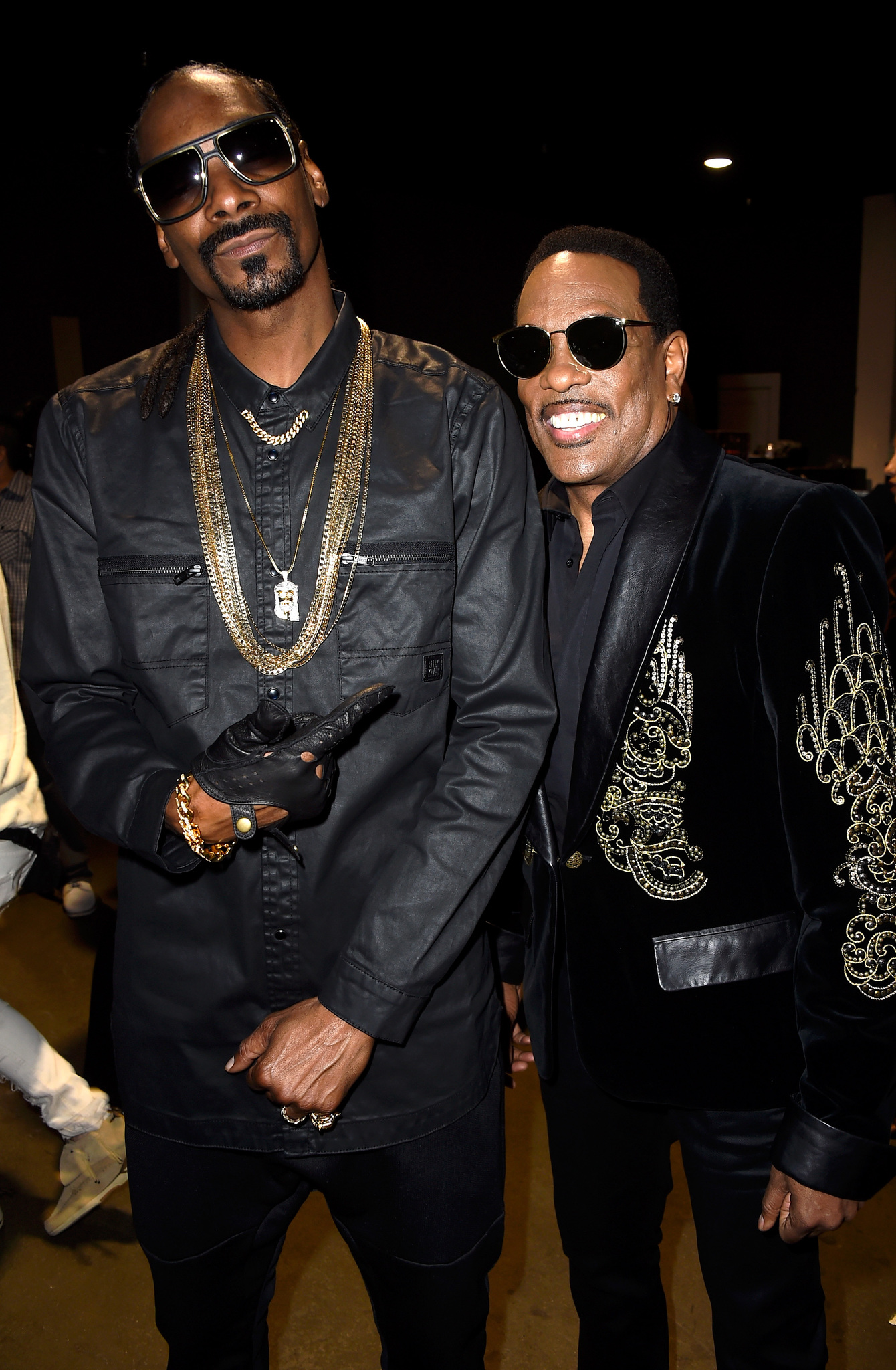Snoop Dogg and Charlie Wilson at event of IHeartRadio Music Awards (2015)