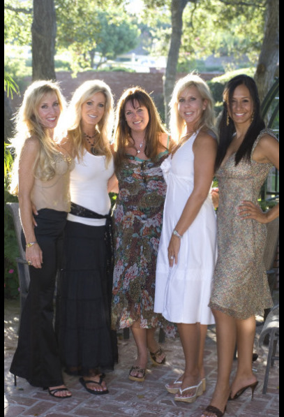 Still of Lauri Waring and Vicki Gunvalson in The Real Housewives of Orange County (2006)