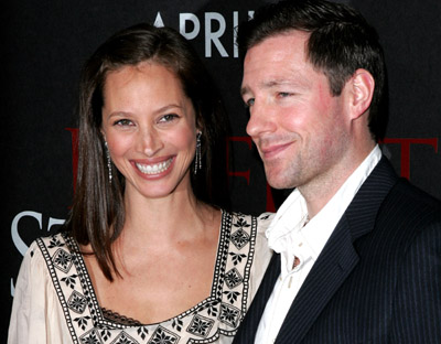 Edward Burns and Christy Turlington at event of Perfect Stranger (2007)