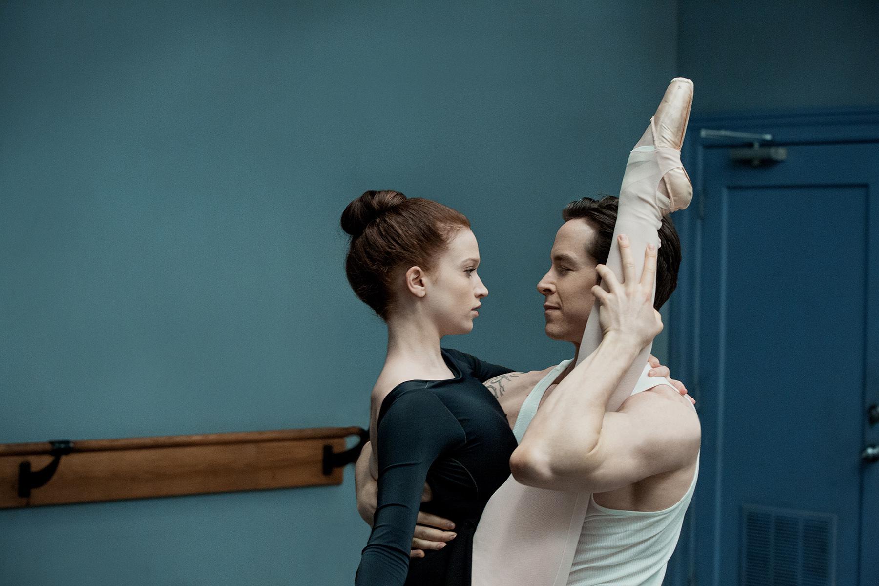 Still of Sascha Radetsky and Sarah Hay in Flesh and Bone (2015)