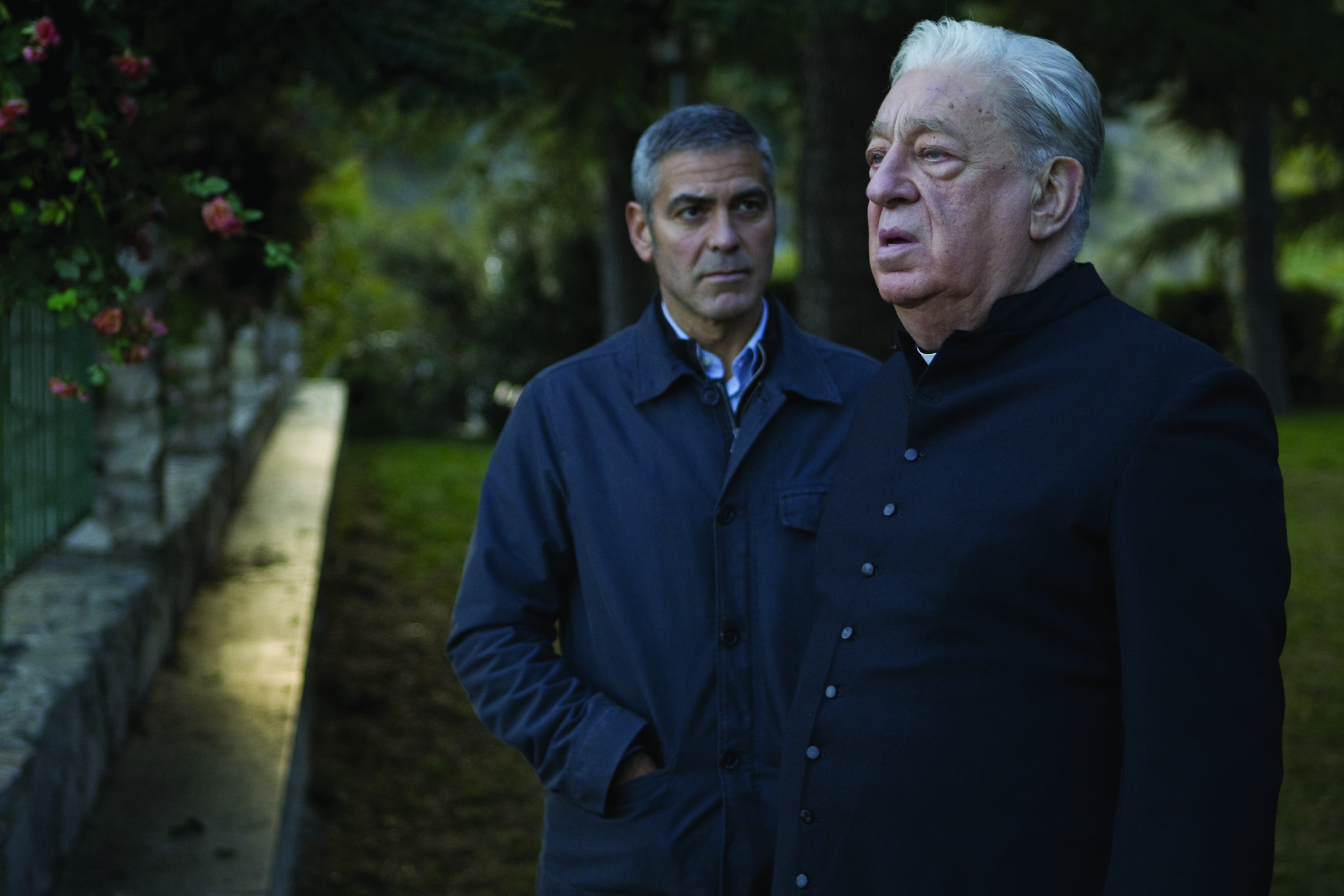 Still of George Clooney and Paolo Bonacelli in The American (2010)