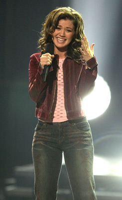 Kelly Clarkson at event of American Idol: The Search for a Superstar (2002)