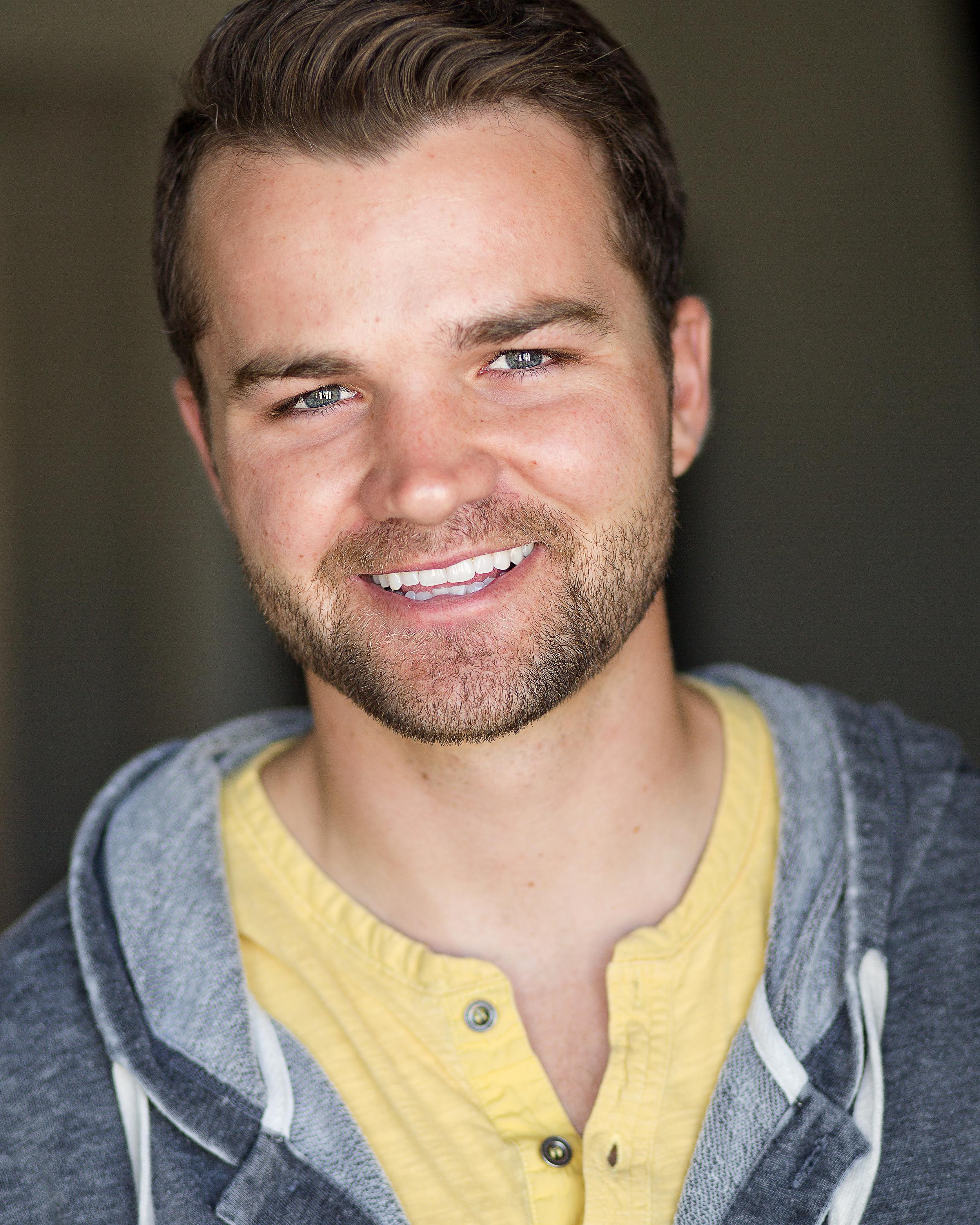 Kris Rhodes