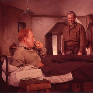 Still of Alec Guinness in Tunes of Glory (1960)
