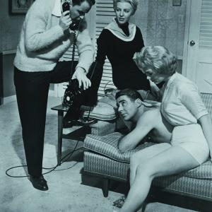 Still of Frank Sinatra, Angie Dickinson and Peter Lawford in Ocean's Eleven (1960)
