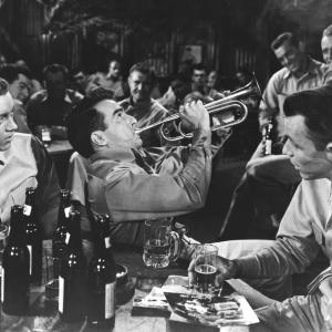 Still of Frank Sinatra and Montgomery Clift in From Here to Eternity (1953)