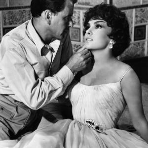 Frank Sinatra and Gina Lollobrigida at event of Never So Few (1959)