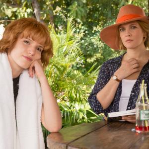 Still of Drew Barrymore and Bella Thorne in Kartu ne savo noru (2014)