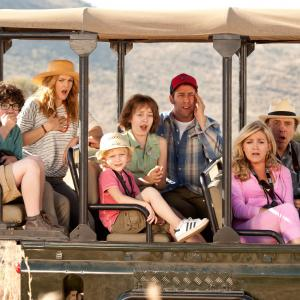 Still of Drew Barrymore, Adam Sandler, Kevin Nealon, Wendi McLendon-Covey, Emma Fuhrmann and Braxton Beckham in Kartu ne savo noru (2014)