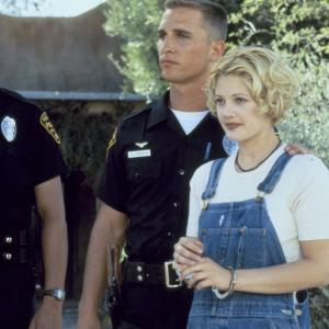 Still of Drew Barrymore and Matthew McConaughey in Boys on the Side (1995)