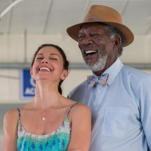 Still of Morgan Freeman and Ashley Judd in Dolphin Tale 2 (2014)