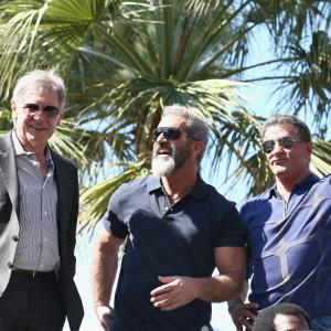 Harrison Ford, Mel Gibson and Sylvester Stallone at event of Nesunaikinami 3 (2014)