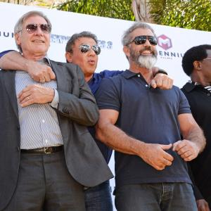 Harrison Ford, Mel Gibson, Sylvester Stallone and Wesley Snipes at event of Nesunaikinami 3 (2014)