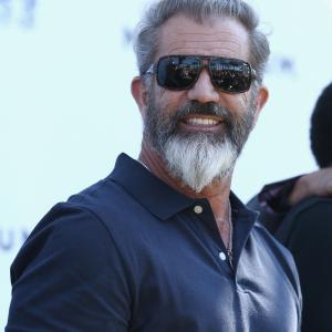 Mel Gibson at event of Nesunaikinami 3 (2014)