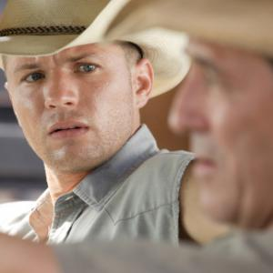 Still of Ryan Phillippe and Ciarn Hinds in StopLoss 2008
