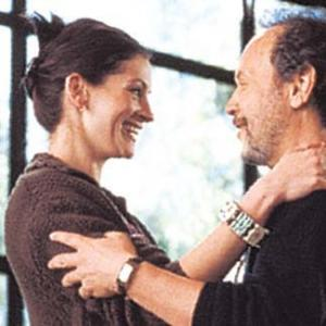 Still of Julia Roberts and Billy Crystal in Americas Sweethearts 2001